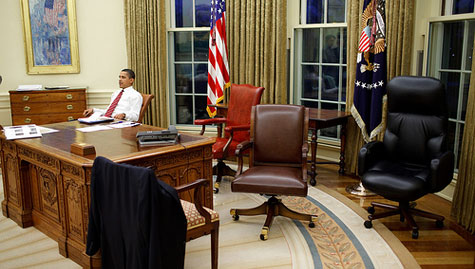 ... Obama On Chair In Oval Office