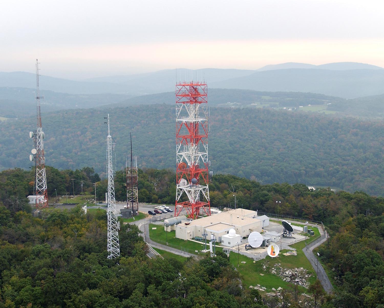 RRMC satellite communications facility at Site C (21st Signal Brigade ...   1500 x 1200 jpeg 231kB